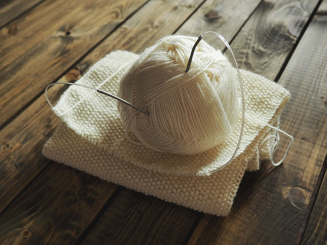 knitting-1268932_640